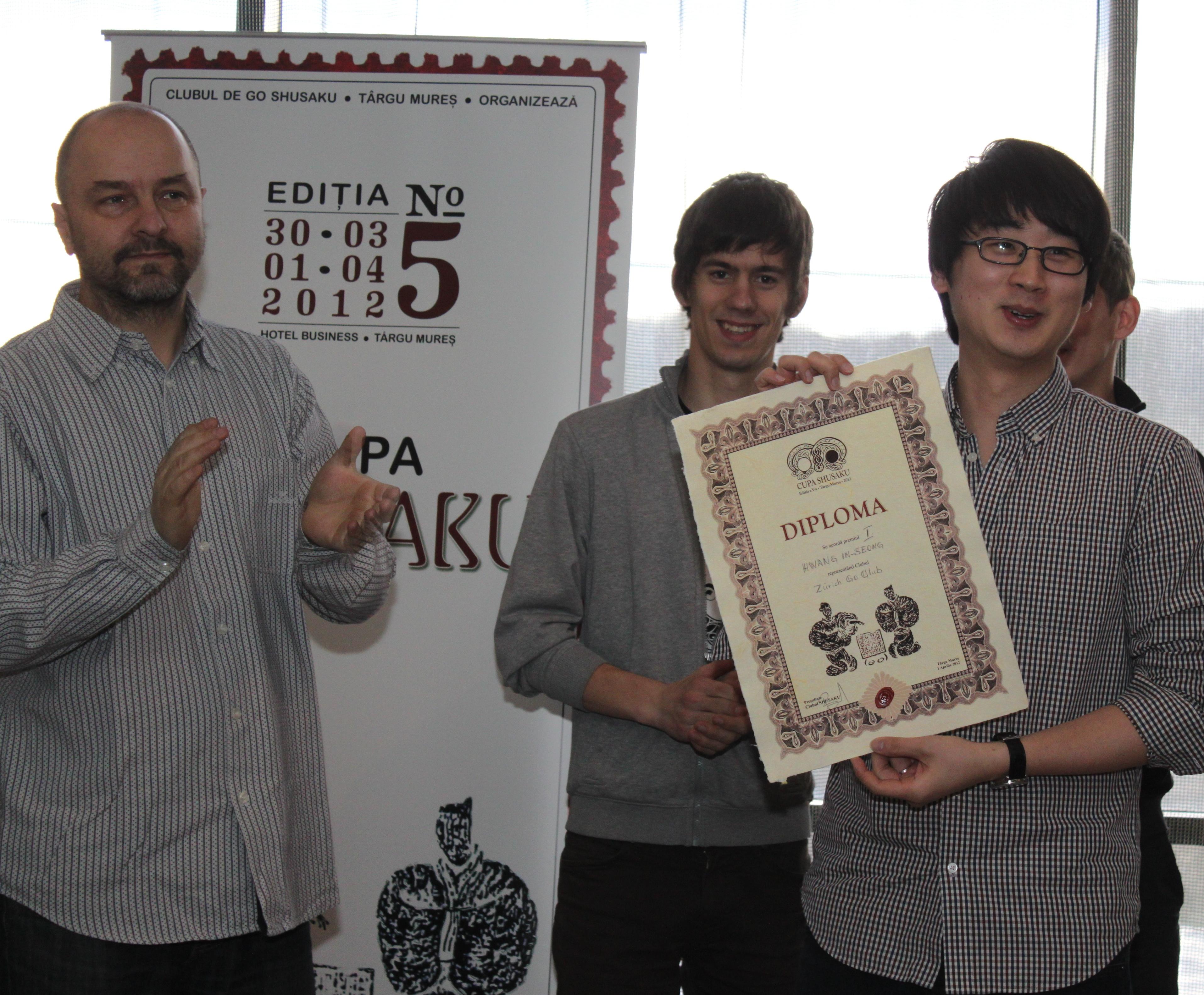 http://eurogotv.com/images/shusaku20121.jpg